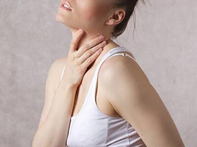 Дискомфорт в левой стороне шеи
