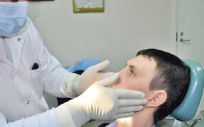 Почему воспаляется лимфоузел на шее с правой стороны и какое нужно лечение