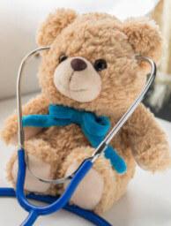 Инструмент врача на игрушке