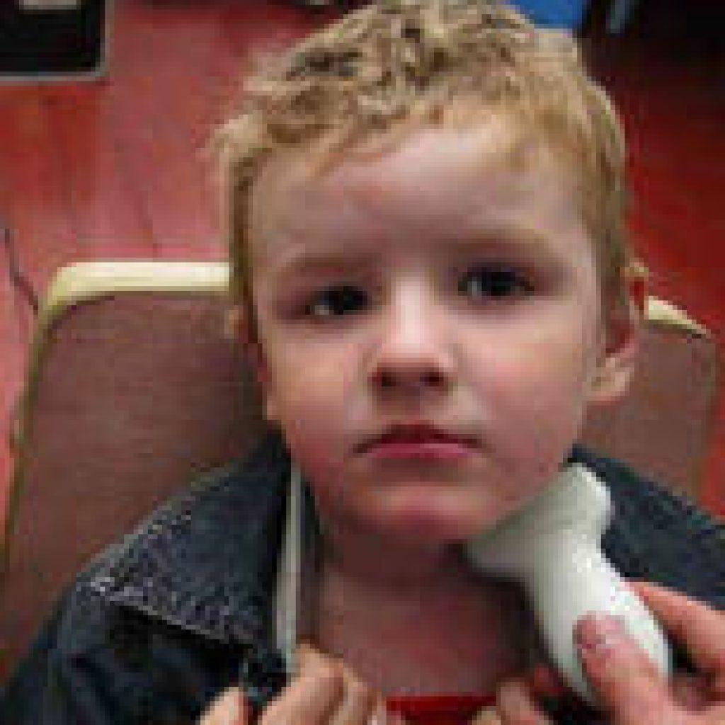 У ребенка увеличены лимфоузлы подчелюстные: причины и лечение